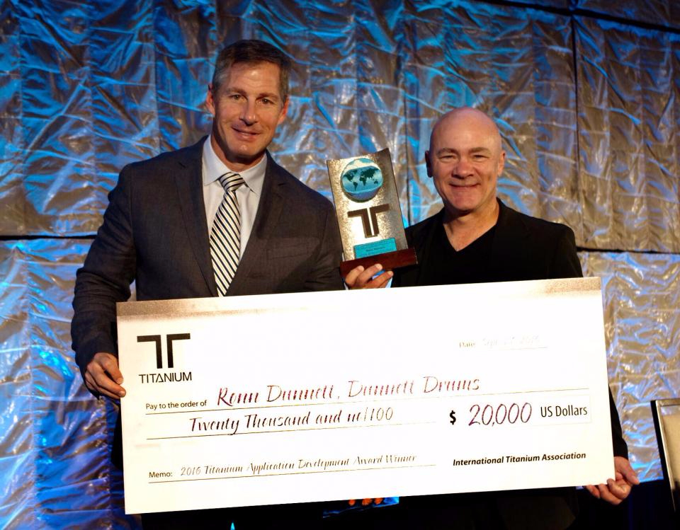 Ronn Dunnett Receives International Titanium Association Award